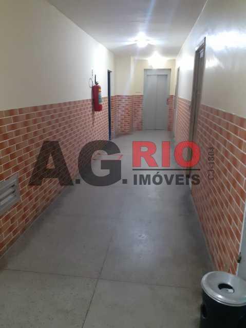 9f3ddd4c-5cd2-4cc2-8373-cdd05e - Sala Comercial 30m² para alugar Rio de Janeiro,RJ - R$ 800 - TQSL00025 - 8