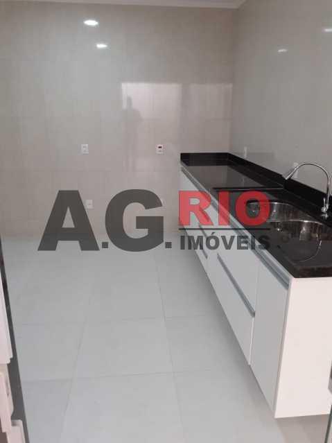 ba8b5c3c-728b-435e-8512-e58e34 - Casa 2 quartos para alugar Rio de Janeiro,RJ - R$ 2.200 - TQCA20037 - 24