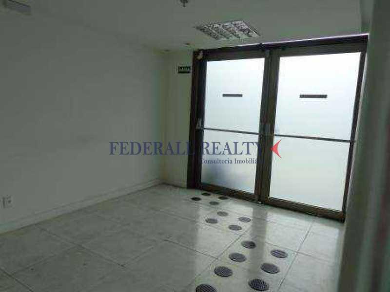 img82 - Aluguel de sala comercial na Barra da Tijuca - FRSL00174 - 21