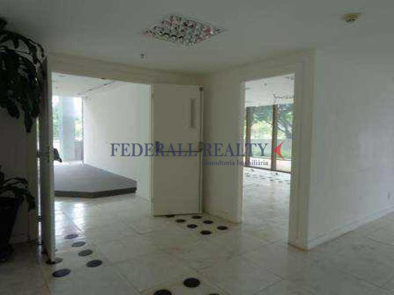 img87 - Aluguel de sala comercial na Barra da Tijuca - FRSL00174 - 26