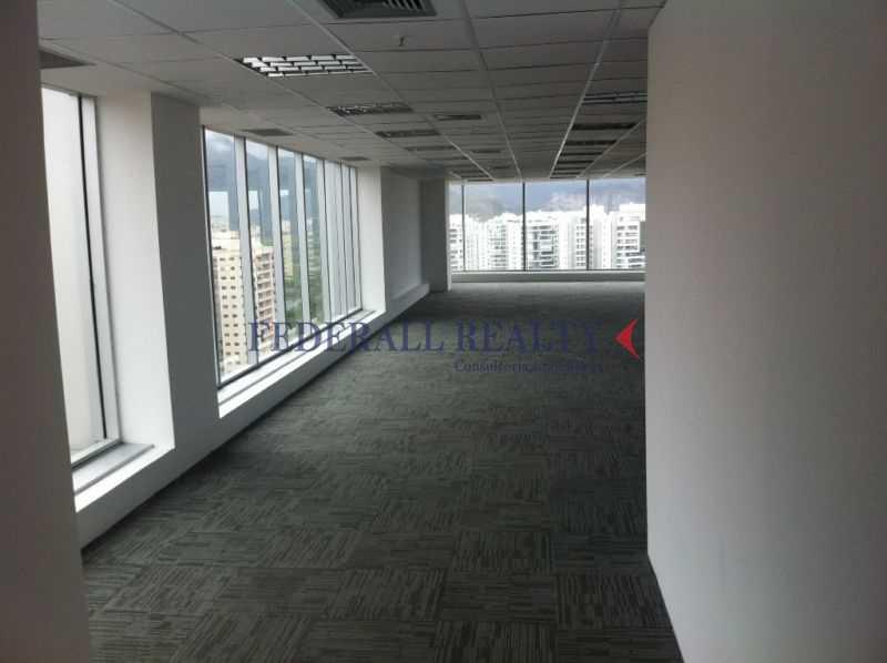 e231b52f7e3de00e825fb9648f6190 - Aluguel de salas comerciais na Barra da Tijuca, RJ. - FRSL00121 - 12