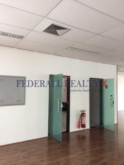 18_1 - Aluguel de prédio inteiro em São Cristóvão - FRPR00022 - 13