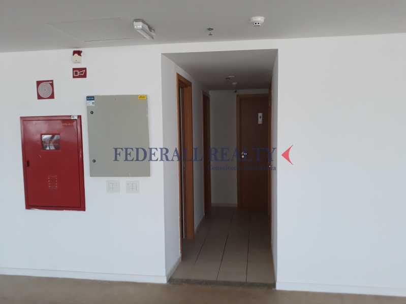 Área central, com copa, banhe - Aluguel de andares corporativos no setor bancário norte em Brasília - FRSL00262 - 13