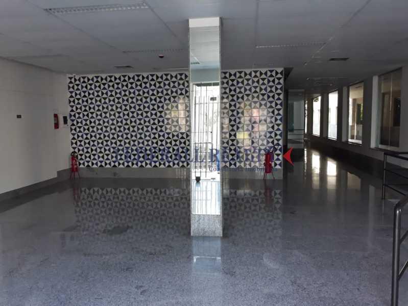 WhatsApp Image 2019-07-26 at 1 - Aluguel de prédio monousuário no Rio de Janeiro - FRPR00046 - 30