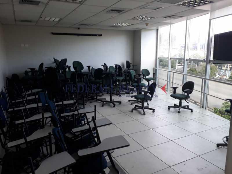 20171211_162054 - Prédio À venda em São Cristóvão - FRPR00007 - 18