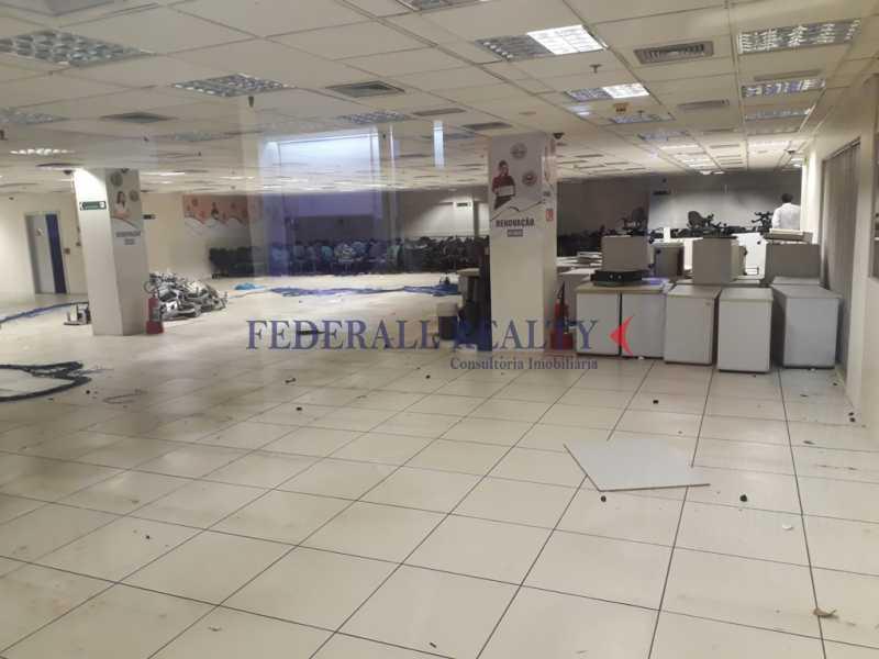 20171211_162218 - Prédio À venda em São Cristóvão - FRPR00007 - 7