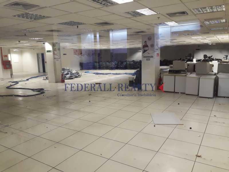 20171211_162224 - Prédio À venda em São Cristóvão - FRPR00007 - 3