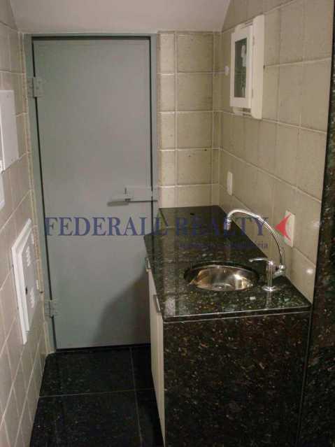img60 - Aluguel de prédio monousuário no Leblon - FRSL00309 - 10