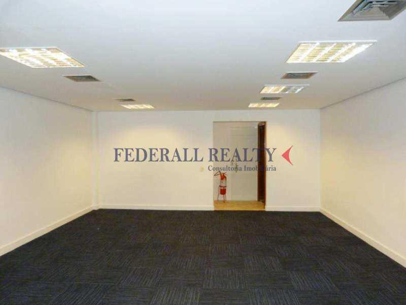 img61 - Aluguel de prédio monousuário no Leblon - FRSL00309 - 11