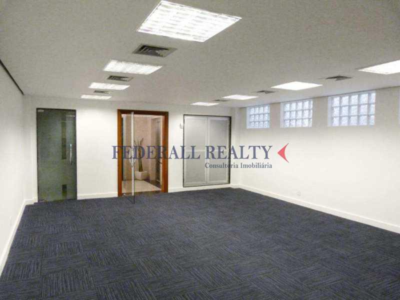 img65 - Aluguel de prédio monousuário no Leblon - FRSL00309 - 14