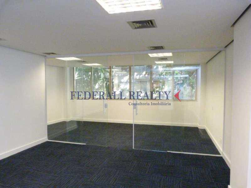 img67 - Aluguel de prédio monousuário no Leblon - FRSL00309 - 15