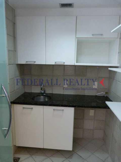 img68 - Aluguel de prédio monousuário no Leblon - FRSL00309 - 16