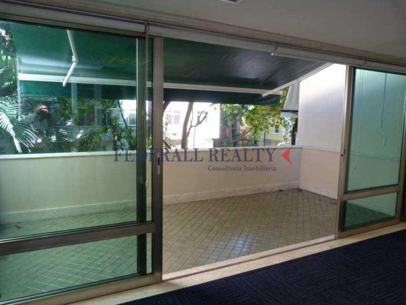 img74 - Aluguel de prédio monousuário no Leblon - FRSL00309 - 21