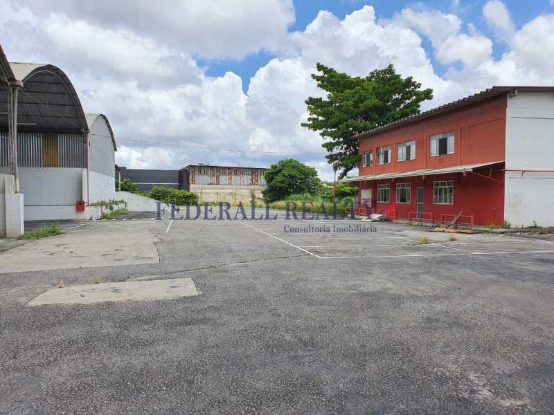 13. - Aluguel de loja com galpão em São João de Meriti. - FRGA00381 - 14