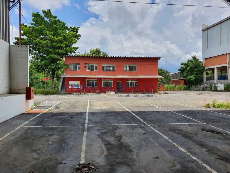 17. - Aluguel de loja com galpão em São João de Meriti. - FRGA00381 - 18