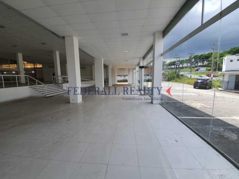 2. - Aluguel de loja com galpão em São João de Meriti. - FRLJ00046 - 3