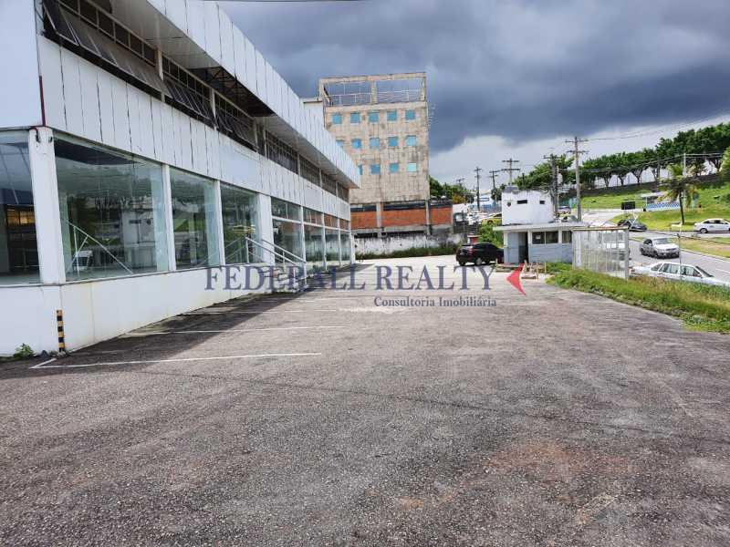15. - Aluguel de loja com galpão em São João de Meriti. - FRLJ00046 - 16