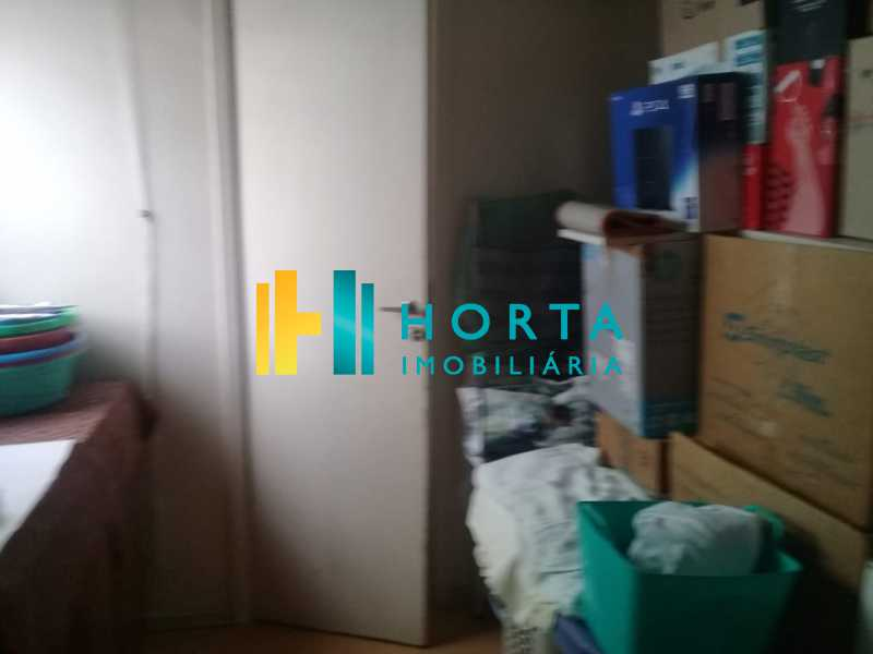 d39e8e61-b24f-4a32-a0c4-3e6e8d - Excelente apartamento de três quartos, sendo uma suíte, amplo salão dividido em dois ambientes, varanda, cozinha, dependência completa, com duas vagas de garagem. Fundos, silencioso, reformado, chão de tábua corrida, excelente localização no Humaitá. - CPAP31708 - 14