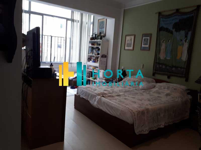 a6bbfb12-692a-49e6-b8e1-6502c7 - RARIDADE! Apto composto de salão em 2 ambientes, 4 dormitórios revertido para 3 dormitórios, suíte, dependência completa, vaga escriturada. Sol da manhã e da tarde. Quadra da praia com vista para o mar em alguns cômodos, Prédio de luxo localizado em um - CPAP40075 - 11