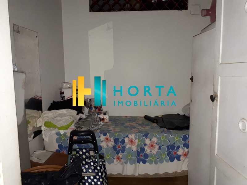 f02a5d41-6f19-4f18-a68b-3a3107 - RARIDADE! Apto composto de salão em 2 ambientes, 4 dormitórios revertido para 3 dormitórios, suíte, dependência completa, vaga escriturada. Sol da manhã e da tarde. Quadra da praia com vista para o mar em alguns cômodos, Prédio de luxo localizado em um - CPAP40075 - 20
