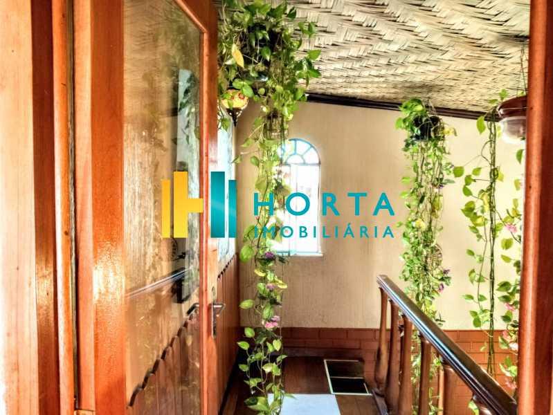 Escada de acesso ao quarto - Cobertura Ipanema 2 quartos/ 2 salas - CPCO20039 - 10