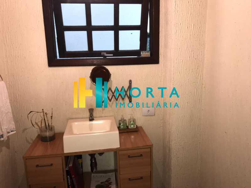lavabo - Lindo chalé duplex de três quartos, com vista da Lagoa! - CPCA30001 - 27