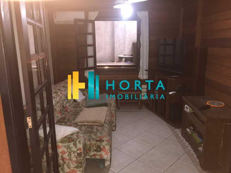 sala de tv - Lindo chalé duplex de três quartos, com vista da Lagoa! - CPCA30001 - 8
