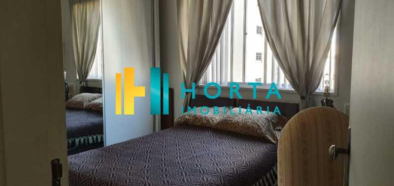 8 - Raridade em Copacabana Posto 3. Otima localização, quarto e sala excelente, reformado, quarto com armário, sala dois ambientes, esquadrias de alumínio, cozinha, banheiro com blindex e instalação para lavadora, hidráulica e elétrica novas, piso em porcela - CO13053 - 9