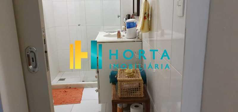12 - Raridade em Copacabana Posto 3. Otima localização, quarto e sala excelente, reformado, quarto com armário, sala dois ambientes, esquadrias de alumínio, cozinha, banheiro com blindex e instalação para lavadora, hidráulica e elétrica novas, piso em porcela - CO13053 - 13