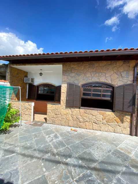 41b885f7-5480-4efa-b792-7d23e2 - Linda casa com 3 quartos no centro de Mesquita para Venda - SICA30010 - 3