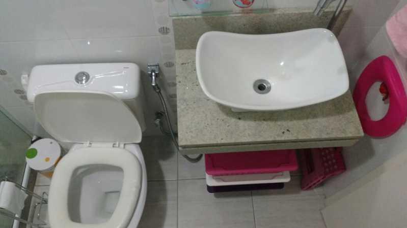 Banheiro social 4 - Casa com 3 quartos no centro de Nilópolis! - SICA30017 - 26
