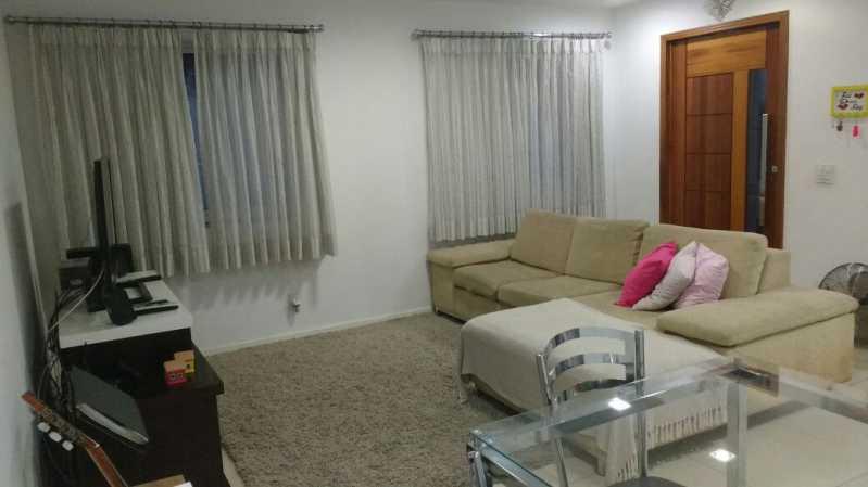 Sala em dois ambientes - Casa com 3 quartos no centro de Nilópolis! - SICA30017 - 5