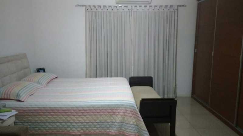 Suíte - Casa com 3 quartos no centro de Nilópolis! - SICA30017 - 17
