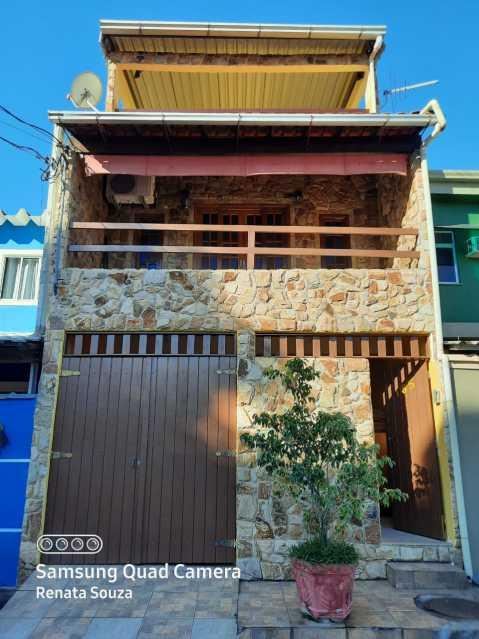 47f349cc-d261-433b-b412-958306 - Ampla Casa Triplex totalmente Reformada com 3 quartos ( 1 suíte ) para venda no Bairro Vila Nova - Nova Iguaçu. - SICA30020 - 1