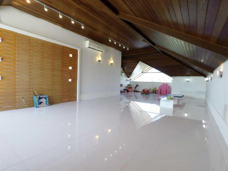 GOPR0044 - Linda Casa no Condomínio Del Lago - PMCN40005 - 25