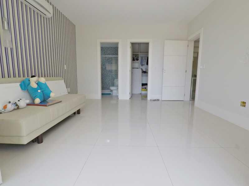 GOPR0060 - Linda Casa no Condomínio Del Lago - PMCN40005 - 12