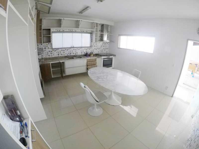 GOPR1244 - Linda casa com 5 quartos e Piscina no Centro de nilópolis - PMCA50006 - 17