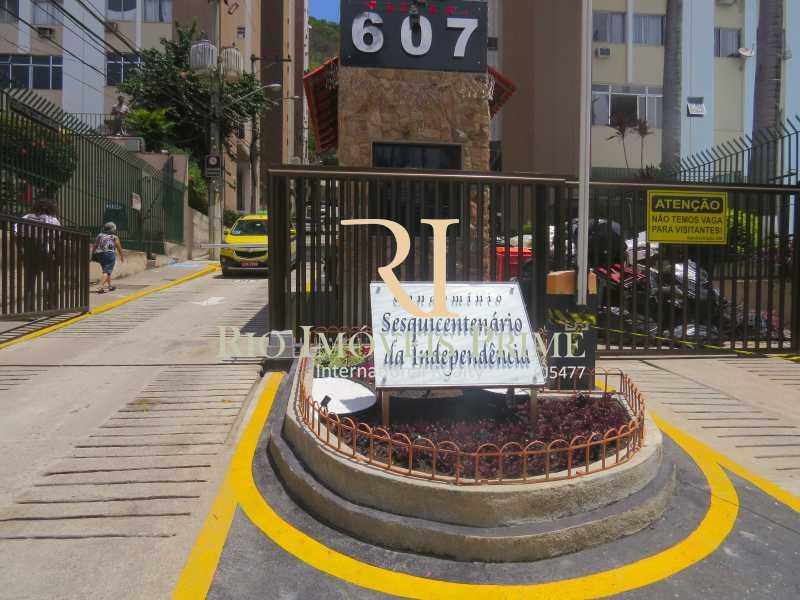 ENTRADA CONDOMÍNIO - Fachada - Sesquicentenário da Independência - 129 - 16