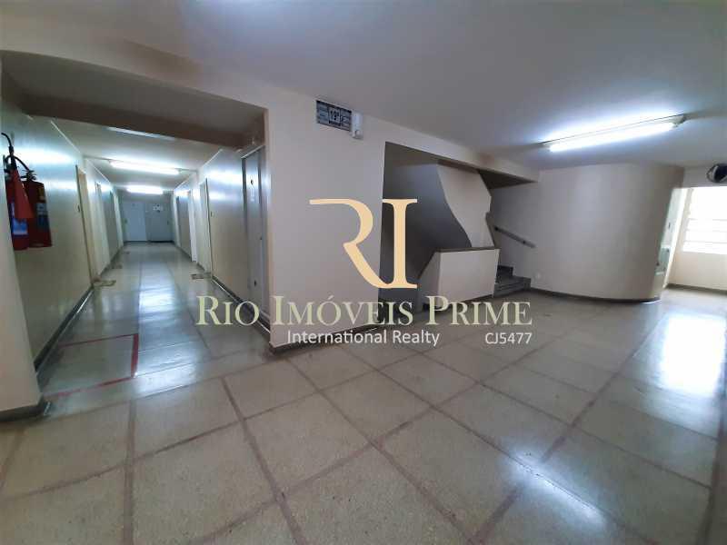 CORREDOR - Fachada - Condomínio do Edifício Delamare - 169 - 3