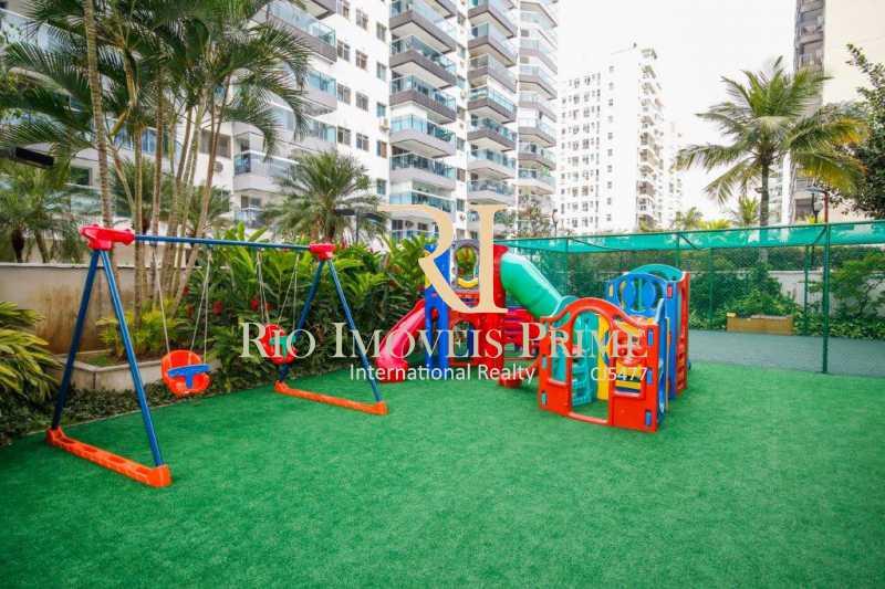 PLAY INFANTIL - Fachada - RIO 2 - Borgonha - 46 - 10