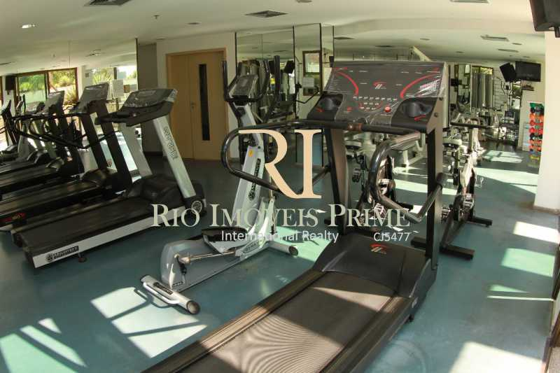 FITNESS. - Fachada - Barra Royal Plaza - 47 - 3