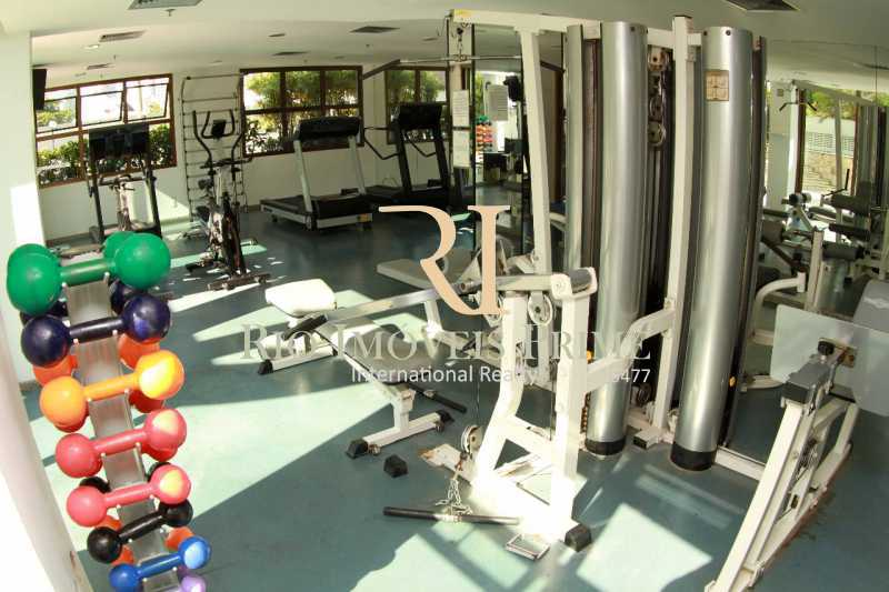 FITNESS. - Fachada - Barra Royal Plaza - 47 - 4