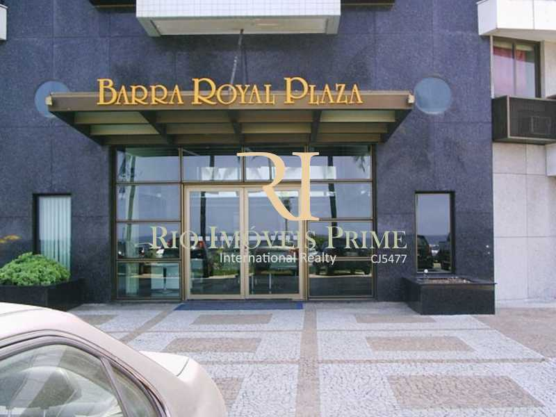 ENTRADA - Fachada - Barra Royal Plaza - 47 - 7