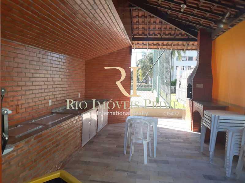CHURRASQUEIRA - Fachada - Rosa da Praia - 89 - 4