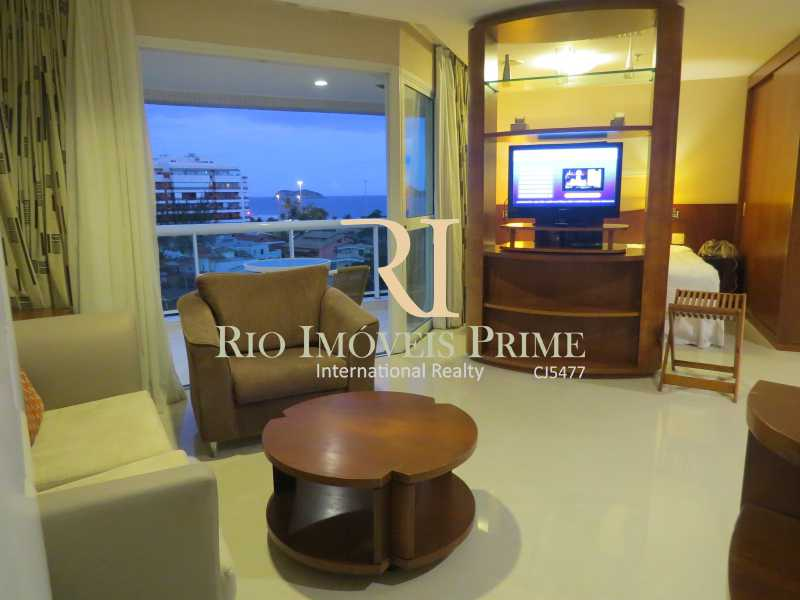 SALA - Flat Para Alugar - Barra da Tijuca - Rio de Janeiro - RJ - RPFL10043 - 5