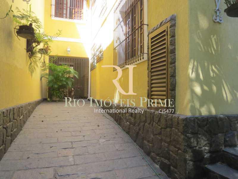 GARAGEM - Casa À Venda - Tijuca - Rio de Janeiro - RJ - RPCA40001 - 22