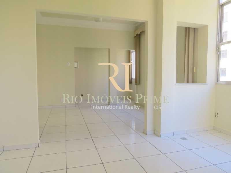 SALA2 - Apartamento à venda Avenida Nossa Senhora de Copacabana,Copacabana, Rio de Janeiro - R$ 1.300.000 - RPAP30043 - 4