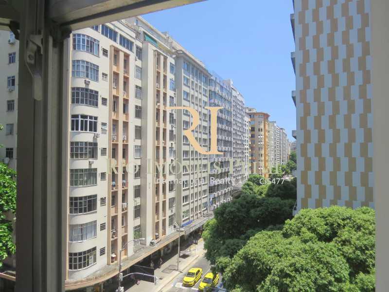 VISTA SACADA QUARTO2 - Apartamento à venda Avenida Nossa Senhora de Copacabana,Copacabana, Rio de Janeiro - R$ 1.300.000 - RPAP30043 - 11