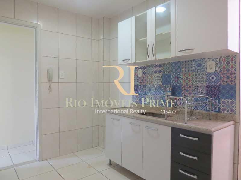 COZINHA - Apartamento à venda Avenida Nossa Senhora de Copacabana,Copacabana, Rio de Janeiro - R$ 1.300.000 - RPAP30043 - 24