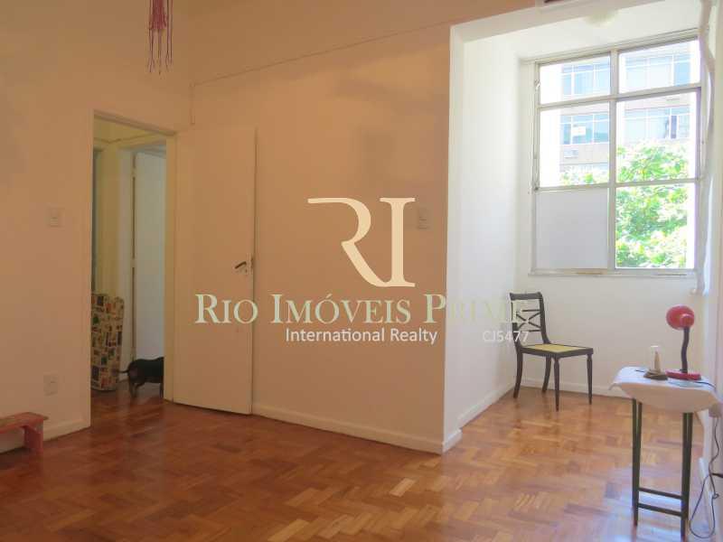 QUARTO2 - Apartamento à venda Rua Siqueira Campos,Copacabana, Rio de Janeiro - R$ 749.900 - RPAP30056 - 9